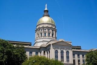 800px-Georgia-state-capitol